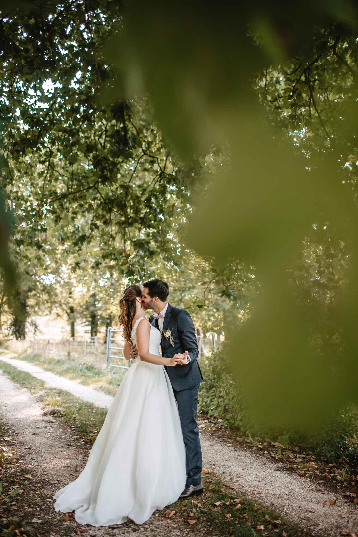 Couple-de-mariés-forêt